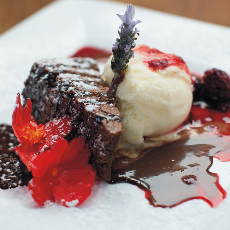black-door-bar-restaurant-chocolate-fudge-brownie